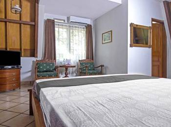 OBC Guest House Bandung - Double Room PEGIPEGI DUKUNG TIMNAS