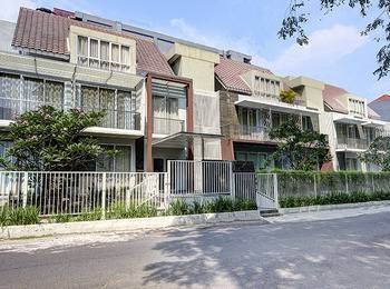Sampit Residence Managed by Flat06