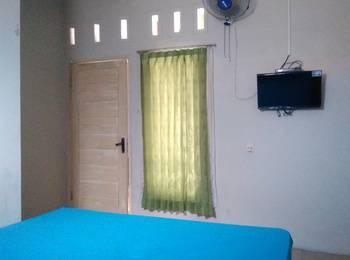 In Out Hotel Pangandaran - Economy AC + Regular Plan
