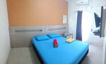 In Out Hotel Pangandaran - Standard Room Regular Plan
