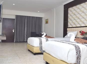 Sindoro Hotel by Conary Cilacap - Superior Family Room Regular Plan