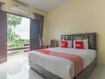 OYO 3365 Griya Nusantara Syariah Bandar Lampung - Deluxe Double Room Early Bird Deal