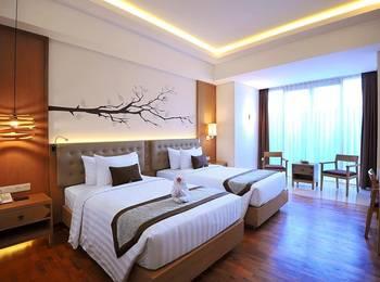 FOX HARRIS Hotel Jimbaran Beach Bali - Deluxe Bathtub Room Only Regular Plan