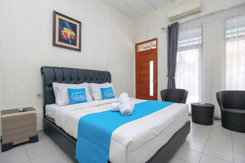 Airy Raya Cimanuk 311 Garut Garut - Superior Double Room with Breakfast Regular Plan