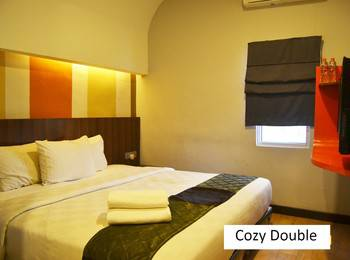 J Hotel Medan - Cozie Room Regular Plan