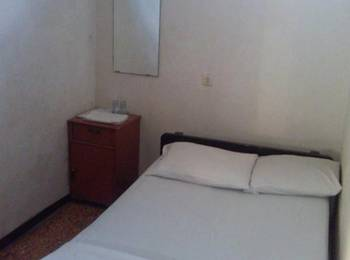Hotel Borobudur Yogyakarta Yogyakarta - Economy Room with Fan Regular Plan