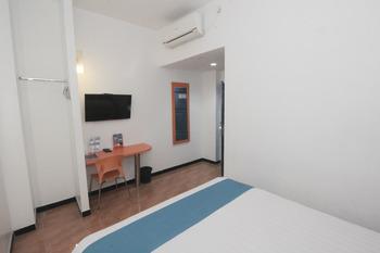 Hotel Oriza  Surabaya - Superior Room Special Deals