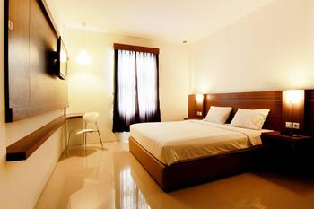 Hotel Alzara Syariah Wonosari - Deluxe Double Last Minute Promo