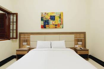 Musafir Guesthouse Solo - Deluxe Room Minimum Stay 3 Days 45%