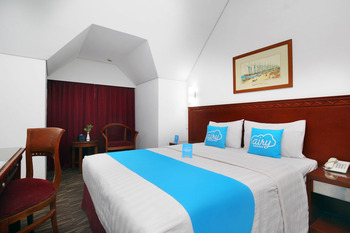 Airy Syariah Menteng Cut Meutia 9 Jakarta Jakarta - Standard Double Room with Breakfast Special Promo 7