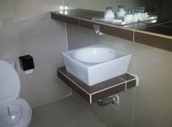 Papa Ho Hotel Bogor - Deluxe Room Regular Plan