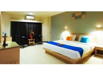 Hotel Merpati Pontianak - Superior Double Room (Lt. 2) Regular Plan