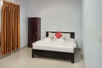 Haris Mulya Guest House (Syariah) Tanjung Jabung Barat - Standard Room KETUPAT