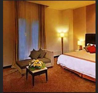 Hotel Golden Flower Bandung - Grand Deluxe Breakfast Hello December