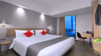 Neo Hotel Puri Indah Jakarta - NEO room - Room Only Basic Deal 25%