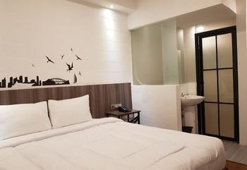 Hotel Sanrina Makassar Makassar - Grande Room Regular Plan