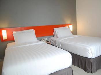 Hotel Nine O Syariah Cikarang by IHM Bekasi - Express Room Regular Plan