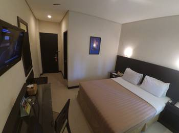Hotel Palm Banjarmasin - Superior Double Room Only - Kalimantan Deals Regular Plan