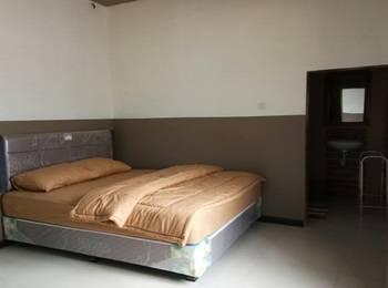 HTM Guesthouse Bromo Probolinggo - Superior Room Regular Plan