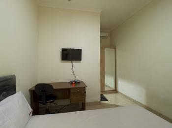 RedDoorz @Salemba Raya Jakarta - Reddoorz Room Special Promo Gajian
