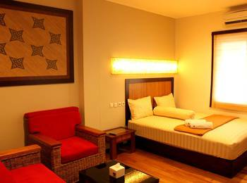 Sienna Inn Banjarmasin - Oak Deluxe Room Regular Plan