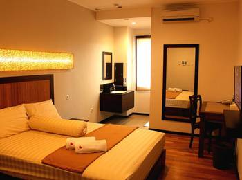 Sienna Inn Banjarmasin - Pine Superior Room  Regular Plan