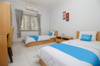 Airy Salak 1 Bogor Bogor - Standard Twin Room Only Regular Plan