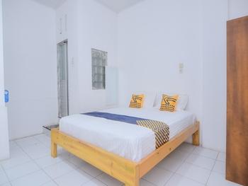 SPOT ON 2134 Seunia Hotel Banda Aceh - Standard Double Room Regular Plan