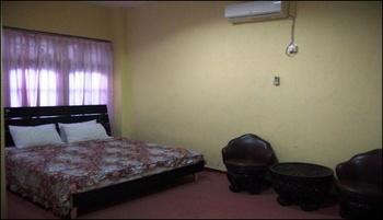 Hotel Dewi Sumbawa - Deluxe Room Regular Plan