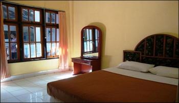 Hotel Dewi Sumbawa - Standard Room Regular Plan