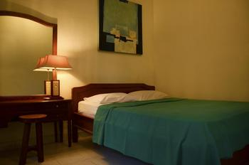 Little Pond Homestay Bali - Room With AC + Hot Water + Satellite TV Regular Plan