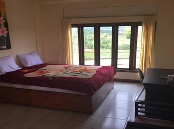 Hotel FX 72 Ruteng Manggarai - Deluxe Room Regular Plan