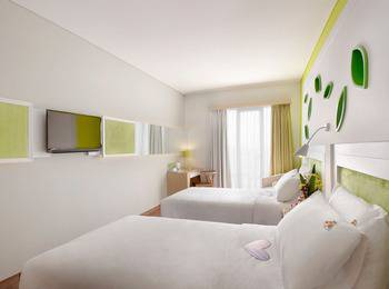 Max One Hotel Bandung - Warmth Twin Bed With Breakfast #WIDIH