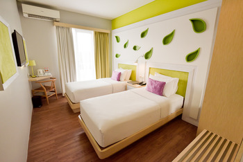 Shakti Hotel Bandung - Deluxe Twin With Breakfast Regular Plan