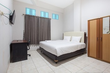 Bratang Gede Guesthouse Surabaya - Double Room Regular Plan