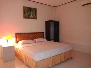 Cadaka Hotel & Meeting Centre Kebumen - Deluxe Double  Regular Plan