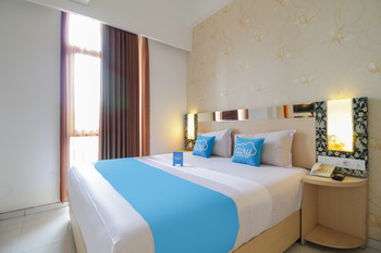 Airy Lowokwaru Sutoyo 22 Malang - Deluxe Double Room with Breakfast Special Promo Aug 28