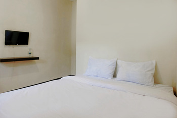 OYO 2771 D'soetta Malang - Deluxe Double Room Regular Plan
