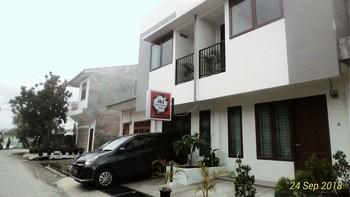 Balige J&J Guesthouse