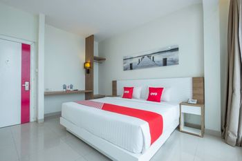 Capital O 1044 Diemdi Hotel Bandung - Deluxe Double Room Regular Plan