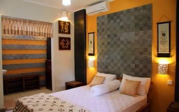 Kawali Homestay Bali - Deluxe Room Min Stay 50%