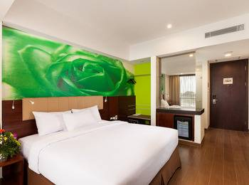 Primebiz Cikarang - Deluxe Room Only Regular Plan