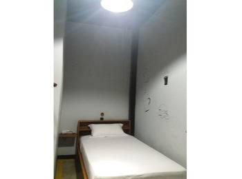 Artz Hotel Palangkaraya - Standard Room Regular Plan