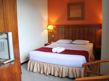 Hotel Garuda Pontianak - Superior Room Only Regular Plan