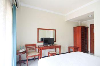 Hotel Pasah Asi Surabaya By ZIRI Surabaya - Superior Double Room With Balcony Regular Plan