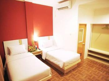 Bless Hotel Palembang - Deluxe Room Only Regular Plan