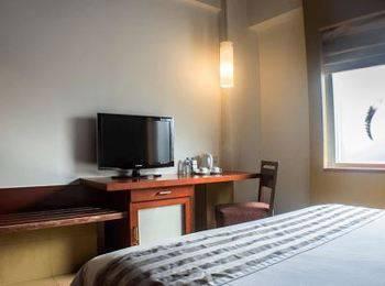Tinggal Premium at Mangga Besar Raya Jakarta - Superior Room Regular Plan