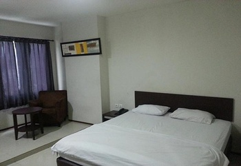 Hotel Fiducia Otista Jakarta - Standard Room Regular Plan