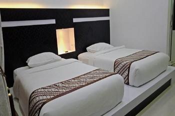 Cahaya Berlian Hotel Madura - Deluxe Room Regular Plan