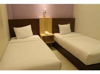 Hotel Dalu Semarang - Simply Room (Double / Twin) - with Breakfast Regular Plan